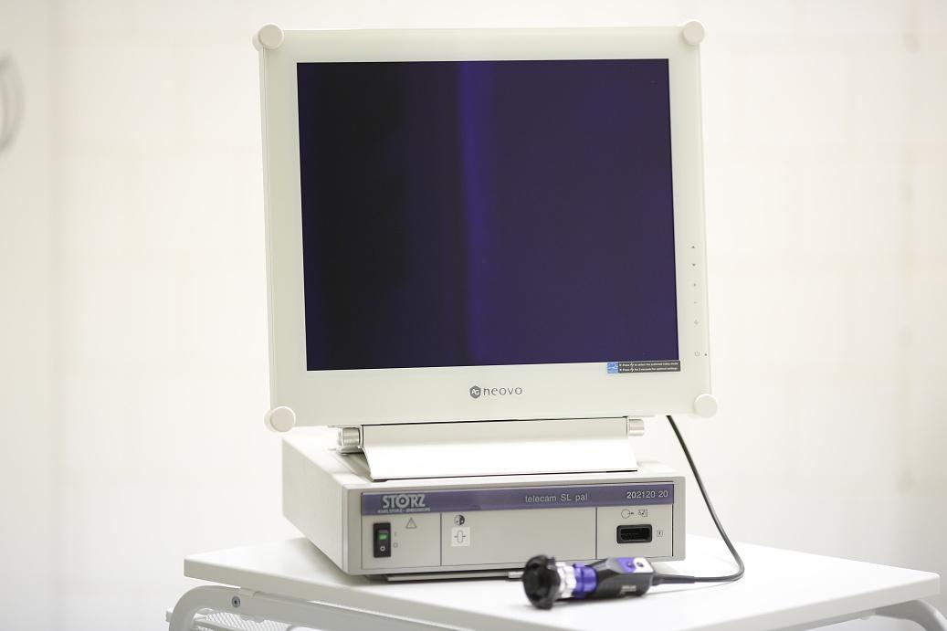 Monitor k endoskopicke vezi  _S4B3091